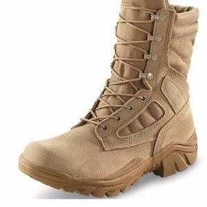 Shoes - Combat boots (like yeezy) bulky